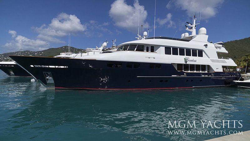 Bacchus charter yacht 01 1 100215l